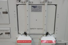 Safety hatch ELT-230-00823-1